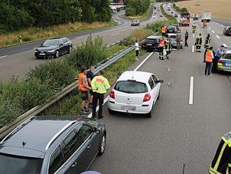 Mehrere Autos in Unfall verwickelt
