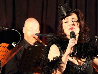 Gastgeberin Marianne Blum mit Trio in Es