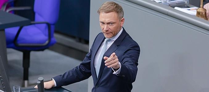 FDP-Chef kritisiert neue Corona-Maßnahmen